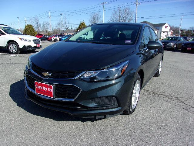 Pre-Owned 2018 Chevrolet Cruze LT FWD