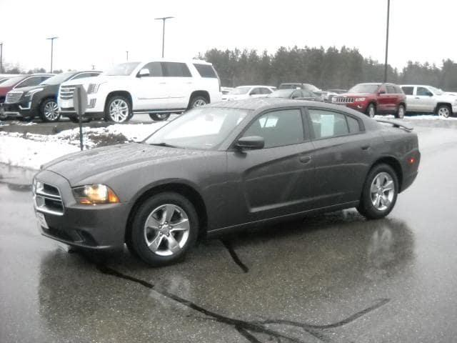 Pre-Owned 2014 Dodge Charger SE RWD 4dr Car