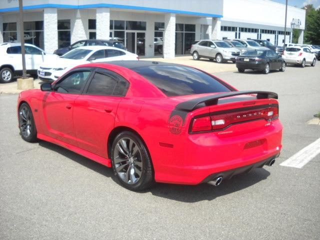 Pre-Owned 2014 Dodge Charger SRT8 Super Bee