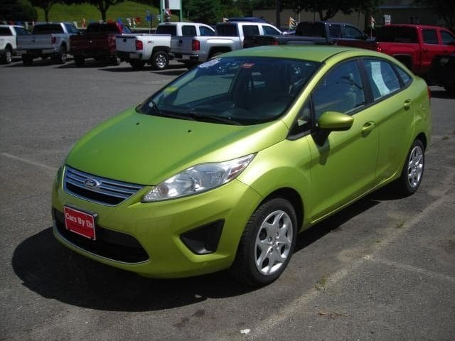 Pre-Owned 2011 Ford Fiesta SE FWD