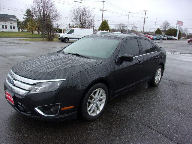 Pre-Owned 2011 Ford Fusion SEL FWD
