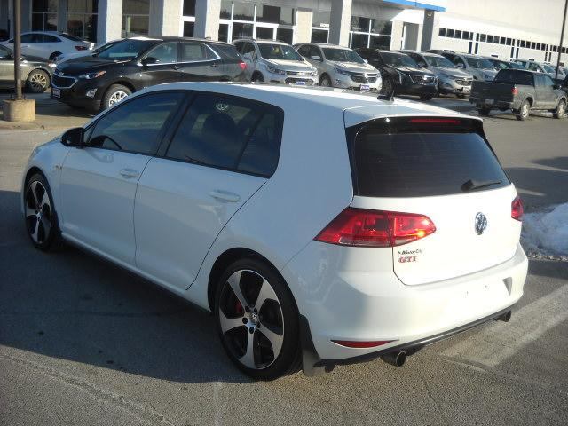Pre-Owned 2016 Volkswagen Golf GTI AUTOBAHN W/PERFOR