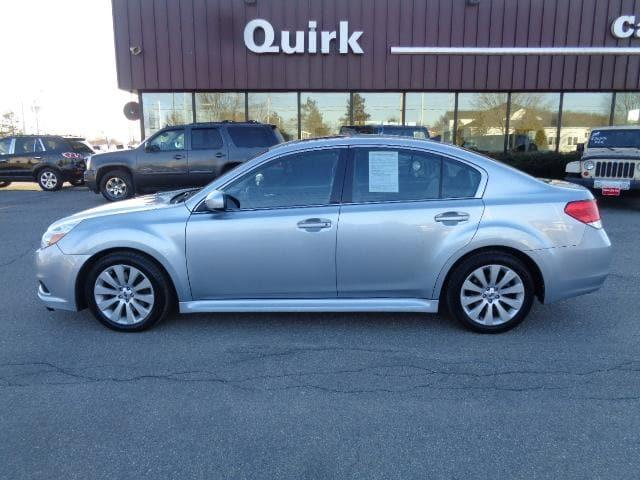 Pre-Owned 2012 Subaru Legacy 3.6R Limited