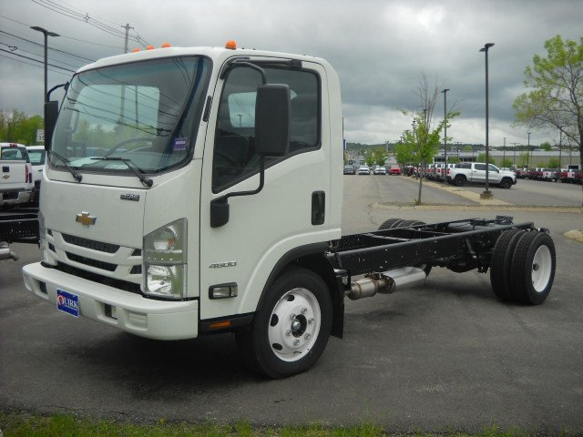 New 2019 Chevrolet 4500 Low Cab Forward Gas RWD Regular Cab Chassis-Cab