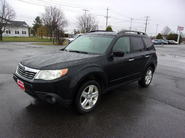 Pre-Owned 2010 Subaru Forester 2.5X Premium AWD