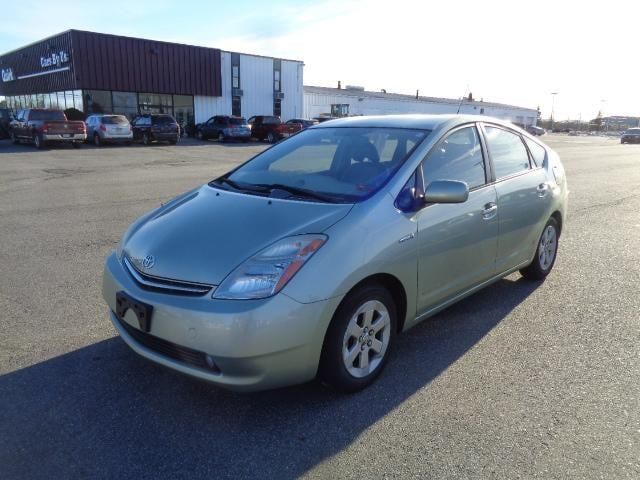 Pre-Owned 2008 Toyota Prius Touring FWD 4dr Car